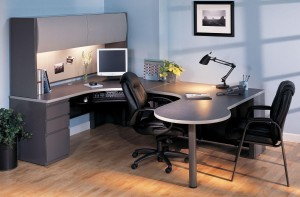 """P"" Table ""U"" Desk with Hutch"