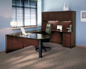 "Executive ""U"" Peninsula Desk"
