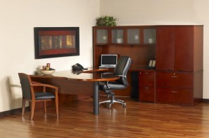 "Mira ""P"" Top ""U"" Desk Suite"