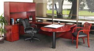 """P"" Table Executive ""U"" Desk with Hutch"